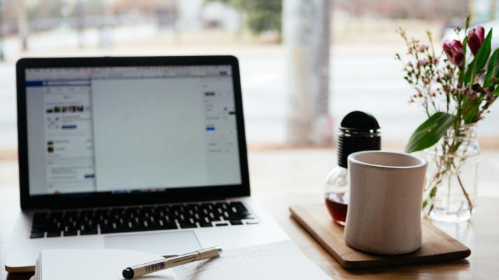 Sprachlich unverkennbar sein: 7 Schritte zur eigenen Corporate Language